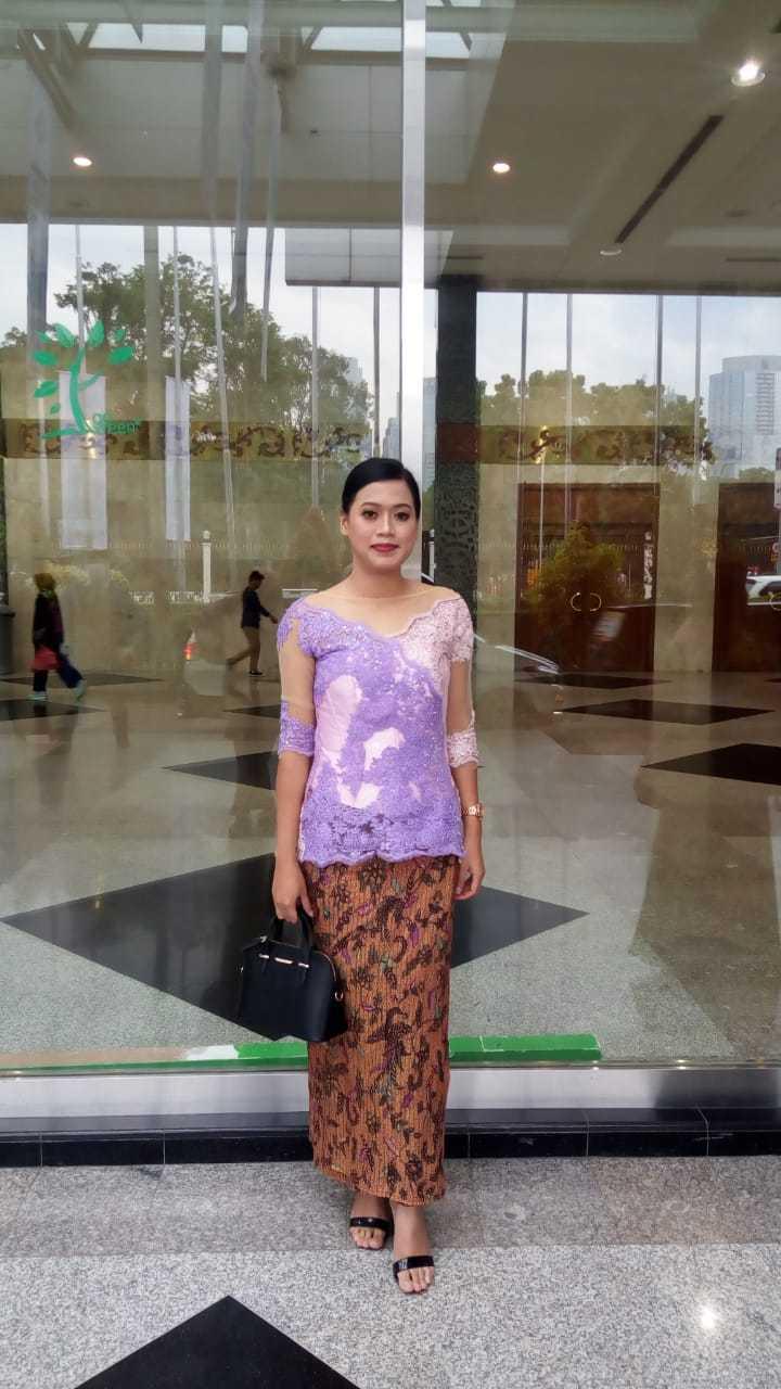 Ambarsari Purple Kebaya